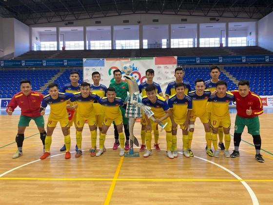 ĐT futsal Việt Nam thắng trận đầu tiên tại Tây Ban Nha  ảnh 1