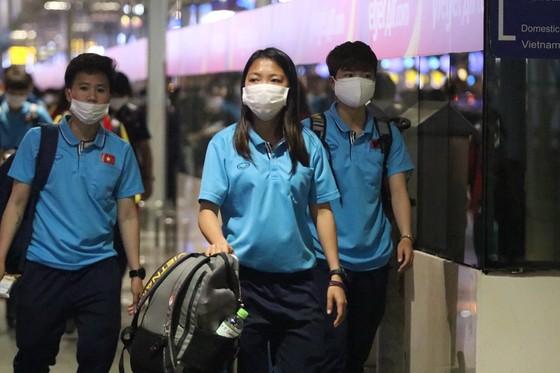 Tuyển nữ Việt Nam lên đường sang Australia ảnh 1