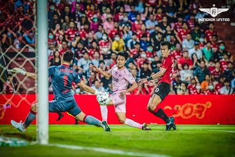 Thai-League đã... biết sợ