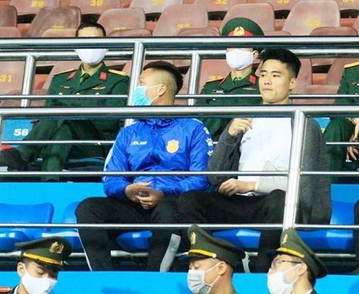 Hậu vệ Lâm Anh Quang tri ân đồng đội ảnh 1