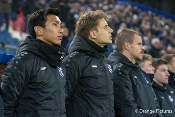 Văn Hậu chờ cơ hội thể hiện vào cuối mùa bóng tại Hà Lan