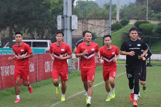 Cầu thủ Việt Nam đối diện màn 'tra tấn' thể lực  ảnh 3