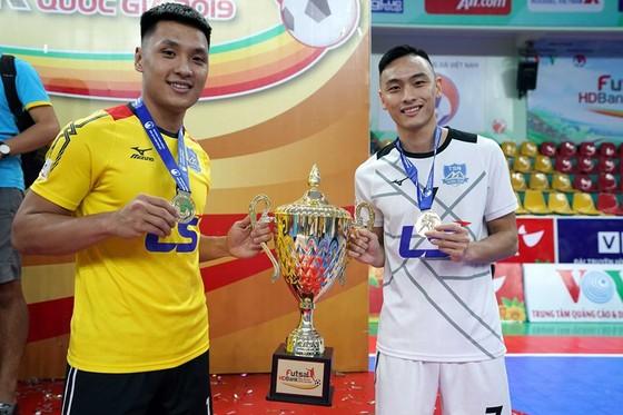 Top 5 Quả bóng Vàng futsal 2019: Sự lấn lướt của Thái Sơn Nam   ảnh 2