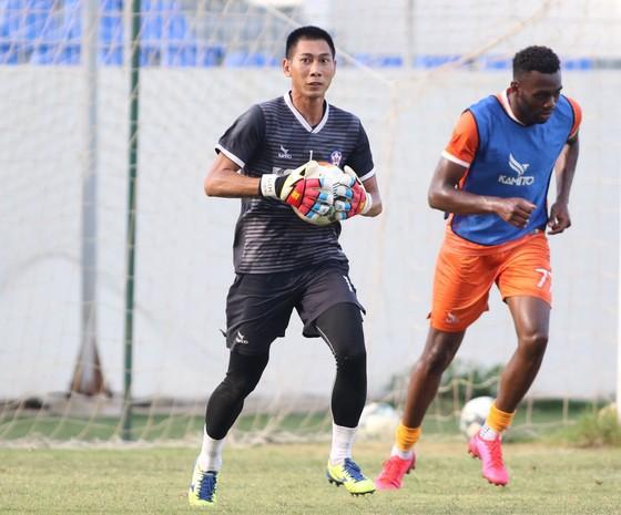 Thủ môn Tuấn Mạnh sẽ sớm ra sân ở Cúp Quốc gia và LS V-League 2020 ảnh 1