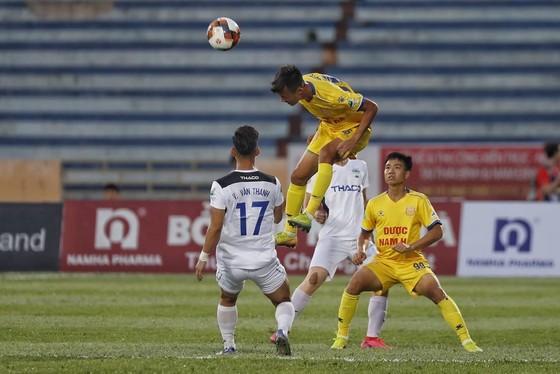 Cúp quốc gia 2020: Đánh bại HA.GL 2-0, CLB Nam Định đi tiếp  ảnh 3