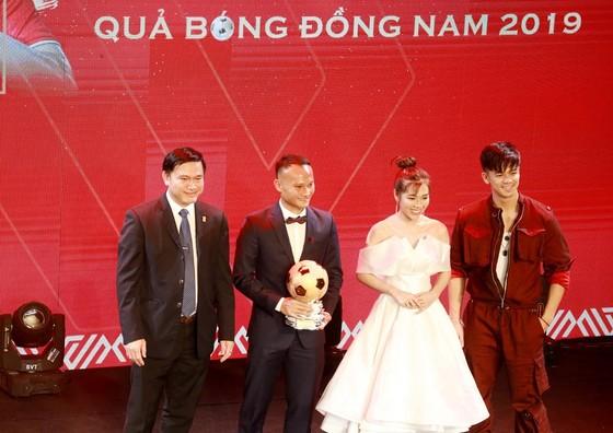 Nguyễn Trọng Hoàng: Vinh dự khi nằm trong Top 3 QBV Việt Nam  ảnh 1