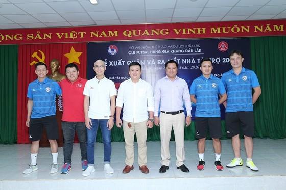 Nhà tài trợ của các 'ông lớn' V-League gắn bó với futsal Đắk Lắk  ảnh 1