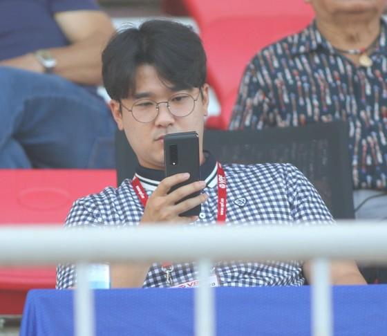 Hà Minh Tuấn mất điểm trong ngày trợ lý HLV Park Hang-seo dự khán ảnh 1