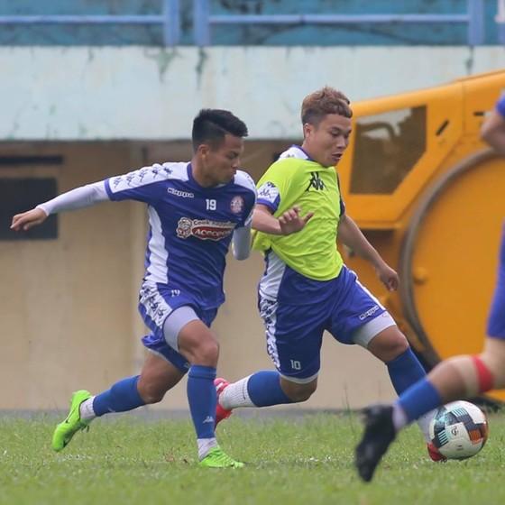 Tiến Linh và các đồng đội hướng đến mục tiêu giành 3 điểm trên sân Thống Nhất ảnh 1