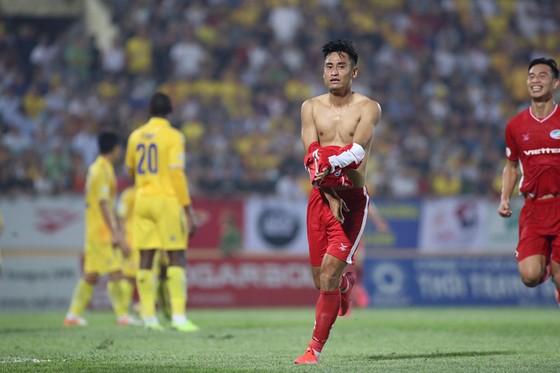 Vòng 4 LS V-League 2020: Các đội chủ nhà chiếm lợi thế ảnh 1