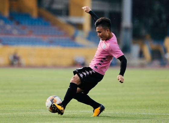 Quang Hải sẽ vắng mặt ở vòng 5 LS V-League 2020. Ảnh: HNFC
