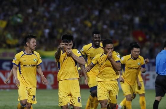 SLNA đã có trận thắng đầu tiên trước  CLB Hà Nội trên sân Hàng Đẫy sau 5 năm. Ảnh: MINH HOÀNG