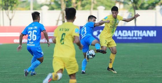 Vòng 4 Giải hạng Nhất - LS 2020: Thêm chiến thắng cho đội Khánh Hòa? ảnh 2