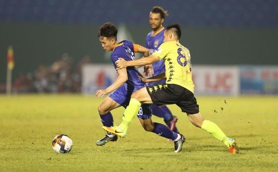 Hà Nội FC giành 3 điểm trên sân Bình Dương trong trận đấu nhiều tranh cãi ảnh 3