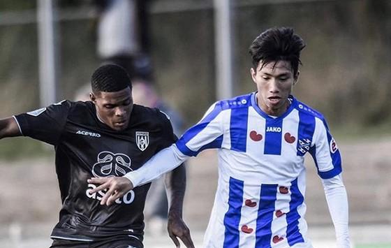 Văn Hậu nhiều hy vọng ở lại Hà Lan thi đấu.