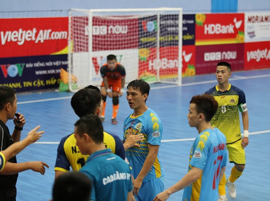 Kardiachain Sài Gòn FC khép lại lượt đi với trận hòa hú vía Cao Bằng ảnh 1