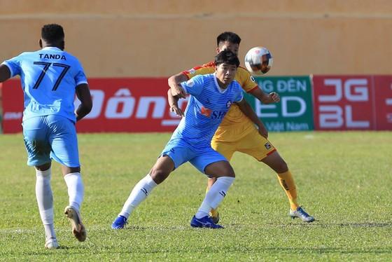 Đức Chinh tỏa sáng trong chiến thắng ấn tượng của Đà Nẵng trước Thanh Hóa. Ảnh: PVF