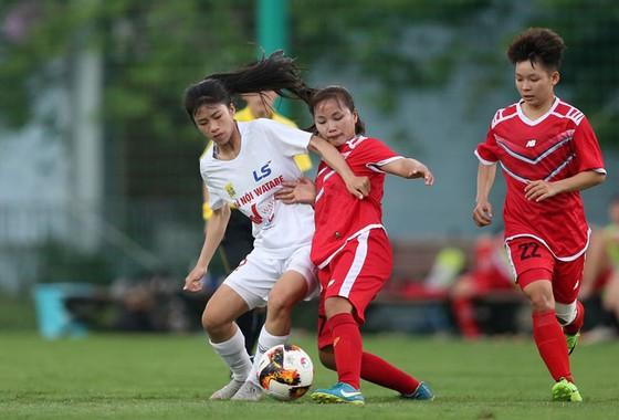 Đội TPHCM giành chiến thắng đầu tiên ở giải bóng đá nữ Cúp Quốc gia 2020 ảnh 1