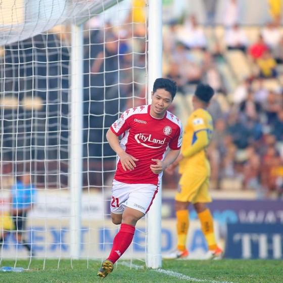 Công Phượng đang ghi bàn đều đặn trong các trận vừa qua. Ảnh: HCMCFC