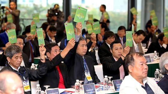 Ứng viên tranh cử Phó chủ tịch phụ trách tài chính VFF: Không có bầu Đức, ông Trần Anh Tú rút lui ảnh 1