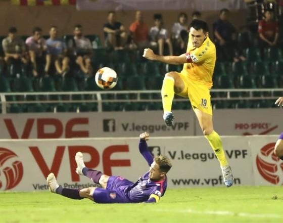 CLB Sài Gòn xây chắc ngôi đầu sau vòng 10 LS V-League 2020  ảnh 1