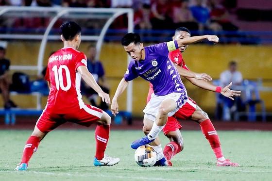 CLB Hà Nội khó bảo vệ được ngôi vô địch ảnh 1