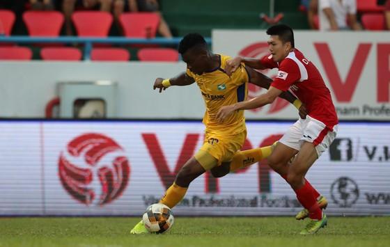 Thắng SLNA 2-0, Than Quảng Ninh vào tốp 3 ảnh 1