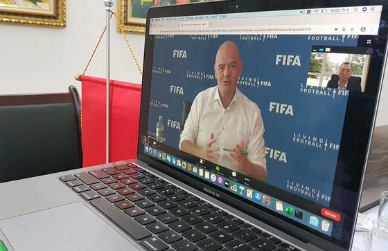 VFF chuẩn bị nhận gói hỗ trợ 1,5 triệu USD từ FIFA ảnh 1
