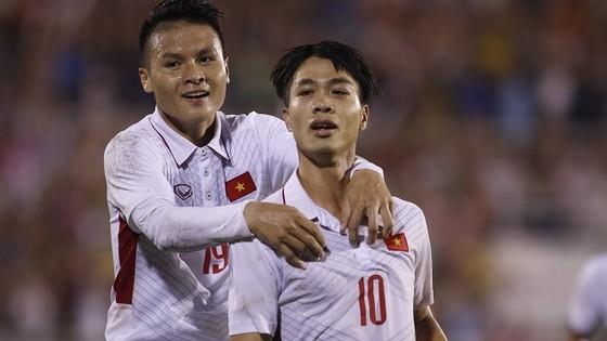 Công Phượng vào bán kết cuộc bầu chọn cầu thủ được yêu thích nhất Asian Cup ảnh 1