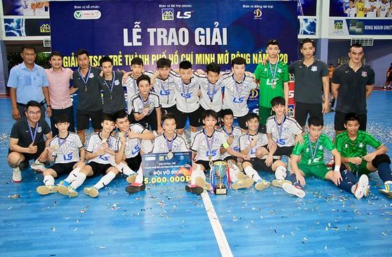 Thái Sơn Nam TPHCM lên ngôi vô địch Giải Futsal trẻ TPHCM mở rộng 2020 ảnh 1