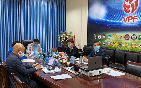 Lãnh đạo VPF cùng Ban điều hành các giải bóng đá chuyên nghiệp trong kỳ họp gần đây. Ảnh: VPF