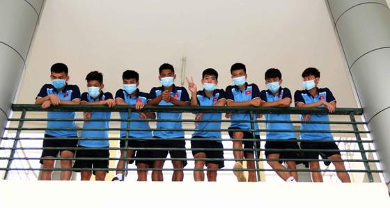U19 Việt Nam hội quân, xét nghiệm Covid-19 ảnh 1