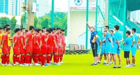 Đức Thông lập cú đúp trong chiến thắng của Phố Hiến trước U19 Việt Nam ảnh 1