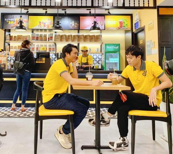 Cafe Ông Bầu tiếp cận khách hàng sinh viên ảnh 2