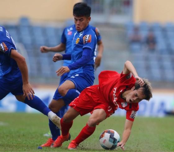 CLB Quảng Nam bất ngờ ký hợp đồng với thủ môn Minh Nhựt ảnh 1