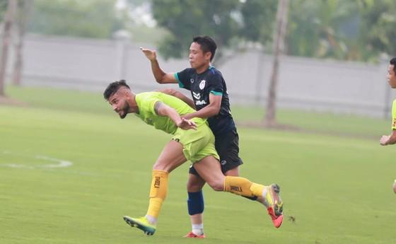 CLB Phố Hiến tích cực 'làm nóng' để đua thăng hạng V-League ảnh 1