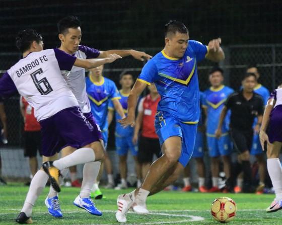 Đăng Khang Land vô địch giải bóng đá siêu phủi TPHCM 2020 ảnh 1