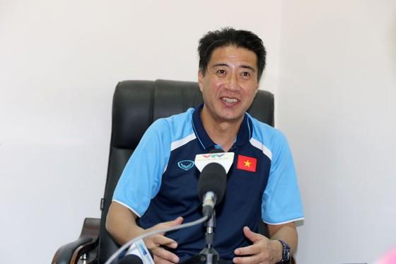 Ông Yusuke Adachi đánh giá cao tiềm năng của các cầu thủ trẻ Việt Nam ảnh 1
