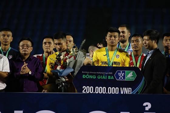 Viettel vào chung kết Cúp quốc gia 2020 với hai tấm thẻ đỏ  ảnh 3