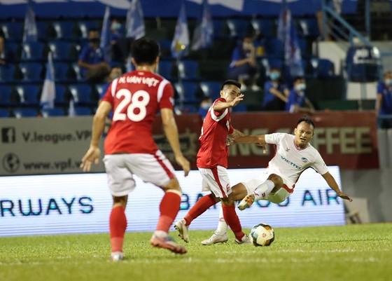Viettel vào chung kết Cúp quốc gia 2020 với hai tấm thẻ đỏ  ảnh 2