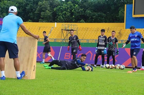 Sân Bình Dương được phép đón hơn 5.000 khán giả khi V-League quay lại ảnh 1