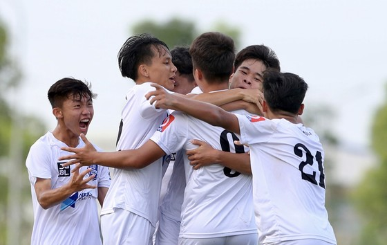 Tập trung lần 1 đội tuyển U17 Quốc gia: SLNA chỉ có 4 cầu thủ ảnh 1