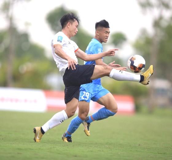 Cuộc đua thăng hạng V-League: Cẩn thận! Đội Bình Định đang 'phi mã' ảnh 1