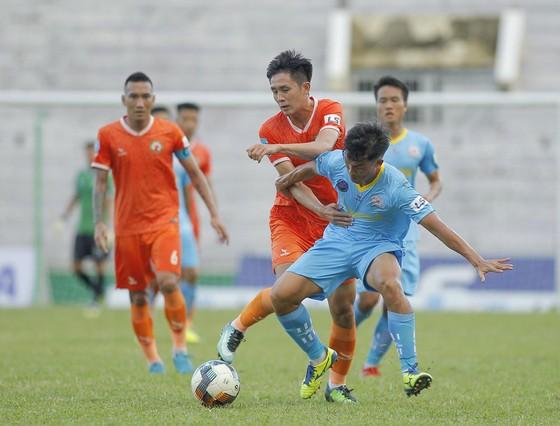 Bình Định và Khánh Hòa cùng thi đấu trên sân nhà ở lượt trận đầu tiên của lượt về