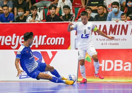 Thái Sơn Nam đến gần danh hiệu vô địch năm thứ 5 liên tiếp ảnh 1