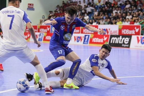 Bị Đà Nẵng cầm chân, Thái Sơn Nam vẫn bất bại sau 14 vòng đấu ảnh 1