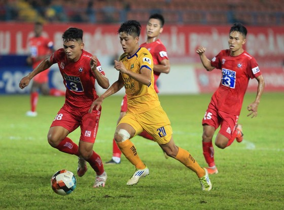 SLNA là đội thứ 11 trụ hạng V-League ảnh 1