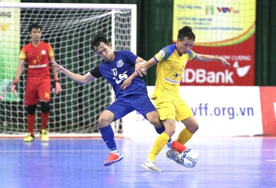 Thái Sơn Nam tiếp tục gây ấn tượng qua chiến thắng dễ ở vòng 16