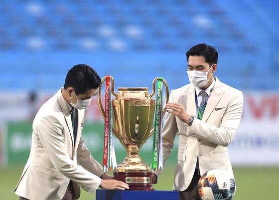 Chủ nhân Cúp vô địch giải hạng Nhất LS 2020 sẽ được xác định đến vòng cuối
