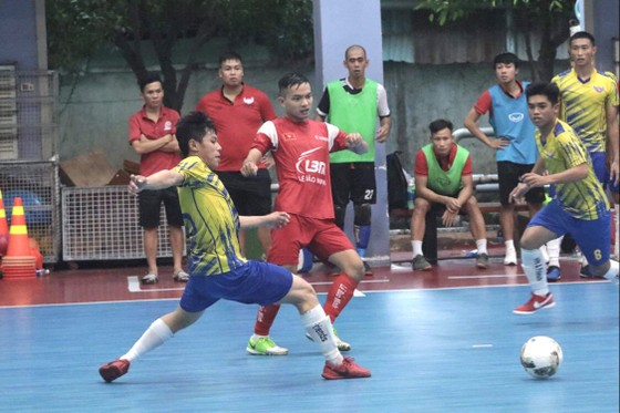 Thầy trò Trọng Luân vô địch giải Futsal phong trào TPHCM  ảnh 1